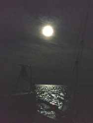 J/88 sailing to Mackinac Soleo- full moon!