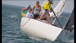Women's J/24 sailing team