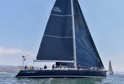 J/65 sailing Newport Ensenada race