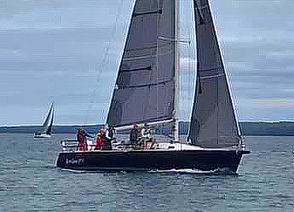 J/120 sailing Dobson Cup off Bayfield, WI and Apostle Islands