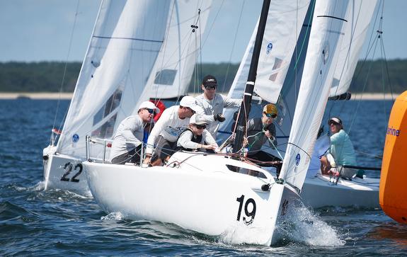 Jenn & Ray Wulff sailing J/70s