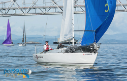 J/24 sailing San Francisco Three Bridge Fiasco