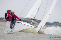 J/22 sailing North Sea regatta