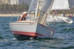J/24 sailing Banderas Bay regatta