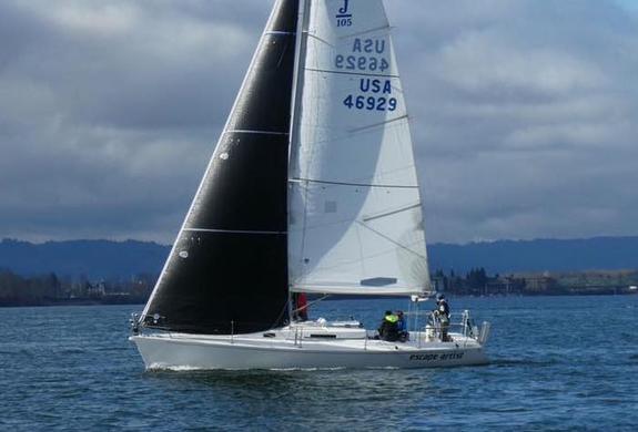 J/105 sailing offshore of Astoria, Oregon