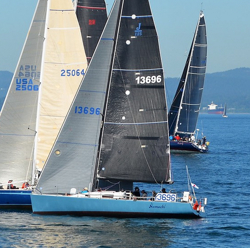 J/125 Hamachi sailing Swiftsure race