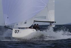 J/70 sailing offwind