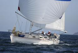 J/36 sailing Race to Straits regatta