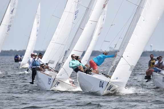 J/22s sailing Midwinters off Florida
