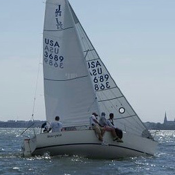 J/24 sailing on Lake Erie