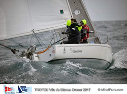 J/80 offshore double-handed sailing