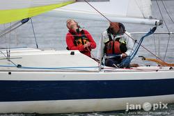 J/24 sailing Race to the Straits regatta