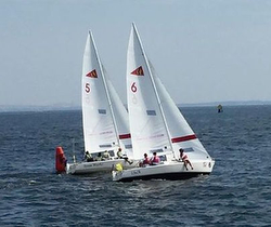 J/22 women's match race regatta