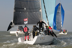 J/109 sailing Warsash series