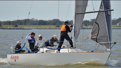 J/27 Alegre sailing Midwinters New Orleans