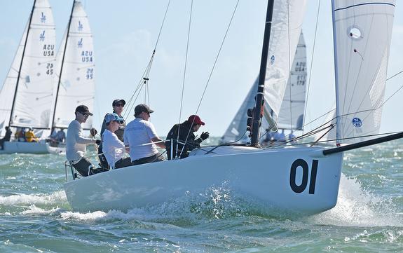 Wulff family sailing J/70