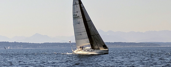 J/120 sailing Seattle, WA