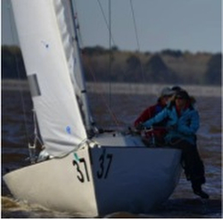 J/22 Aquavit sailing in Midwinters- Holly Jo as bow