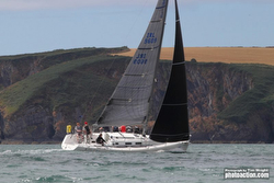 J/122 wins class at Cork Week