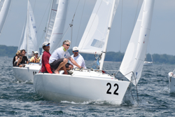 J/22 sailing Midwinters