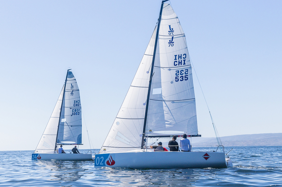 J/70s sailing upwind at Chile Nationals