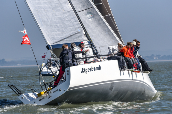 J/111 sailing Warsash Spring Series