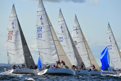 J/105 sailboats- rounding mark