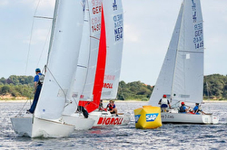 J/22s sailing Germany