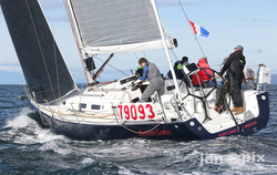 J/122 sailing