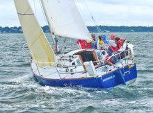 J/30 one-design family cruiser racer- sailing fast upwind