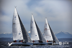 J/105s sailing Seattle Puget Sound series