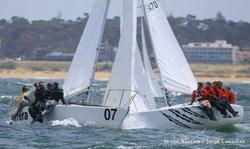 J/24s sailing Argentina