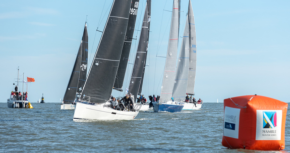 J/112E winning start- Hamble Winter Series