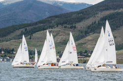 J/22s sailing Dillon Open
