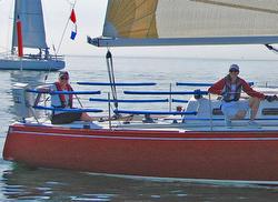 J/33 Daybreak sailing doublehanded- Lake Ontario