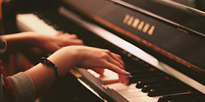 Lunchtime Concert: Serena Kay & Lucy Colquhoun