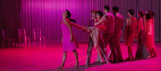 Rain choreographed by Anne Teresa De Keersmaeker