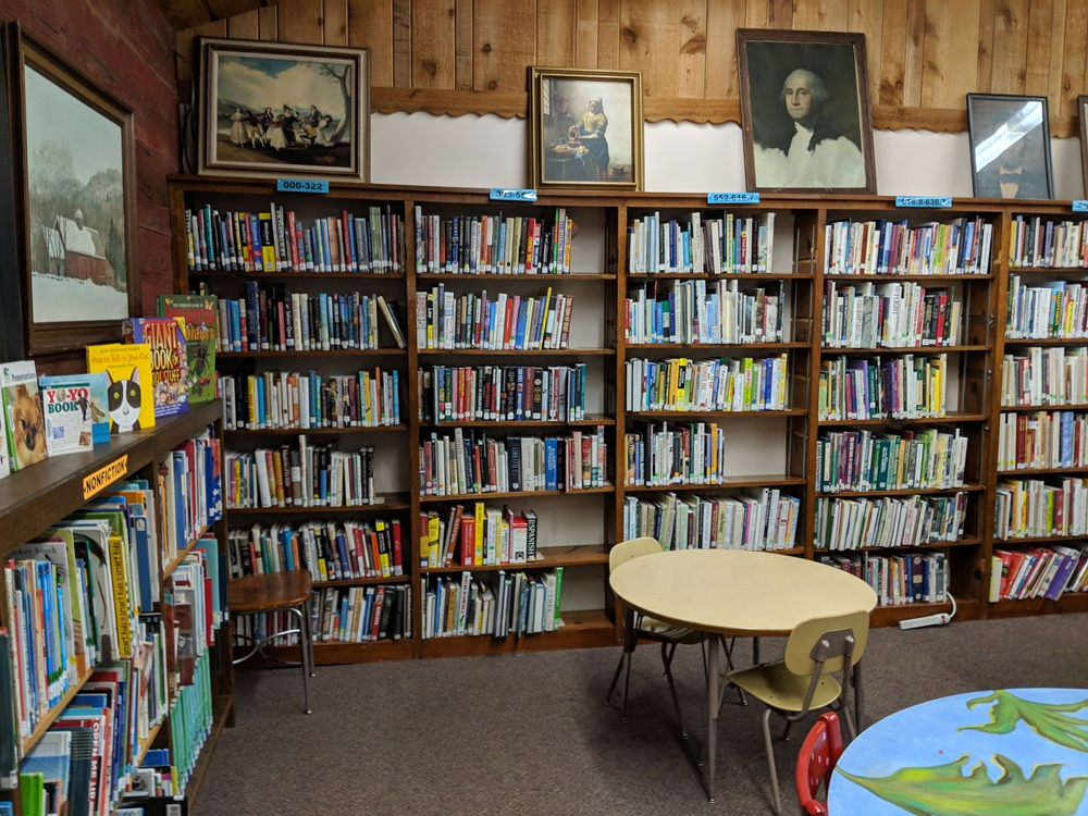 library room with books on shelves