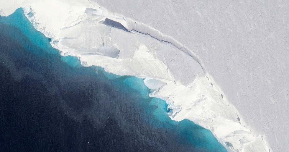 City-Sized 1,000-Foot Deep Cavity Found in Glacier, Warns NASA, Signaling 'Rapid Decay' of Antarctic Ice