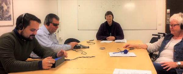Styrelsen testar en portabel hörslinga under senaste styrelsemötet