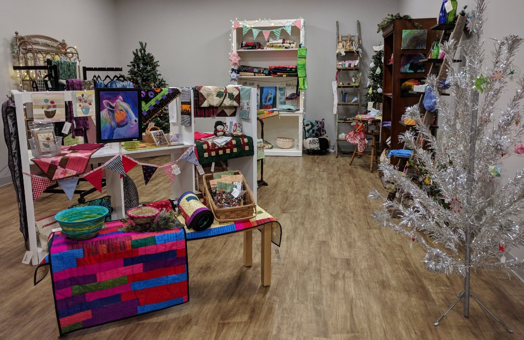 Blue Bar Quilts Makers Gallery - Holiday Season 2018