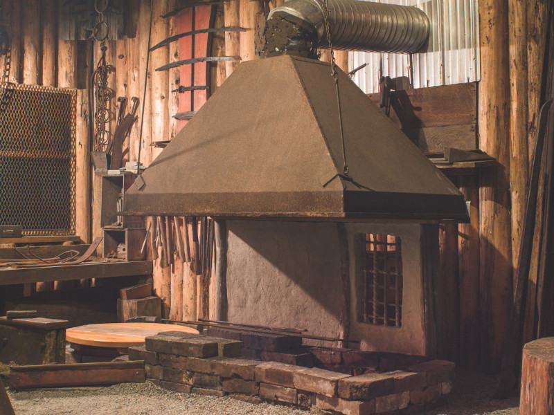 Bladesmithing at the Museum Forge