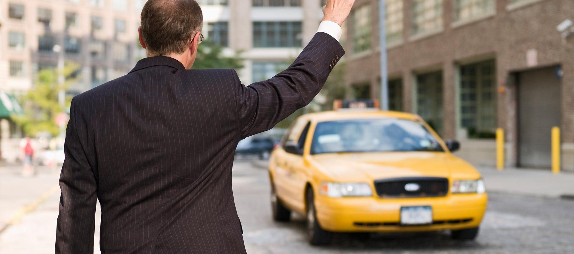 Рынок такси ждут перемены: новый закон будет регулировать перевозки