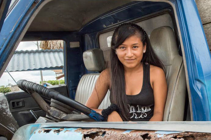 Empower Teens Improves Health in Peru {Photo: Leslie Alsheimer}