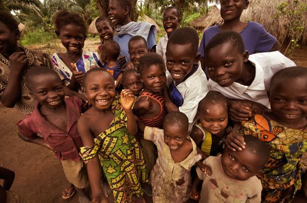 Increasing Access to 13 Lifesaving Medicines for Women and Children in the Democratic Republic of the Congo {Photo credit: Warren Zelman}