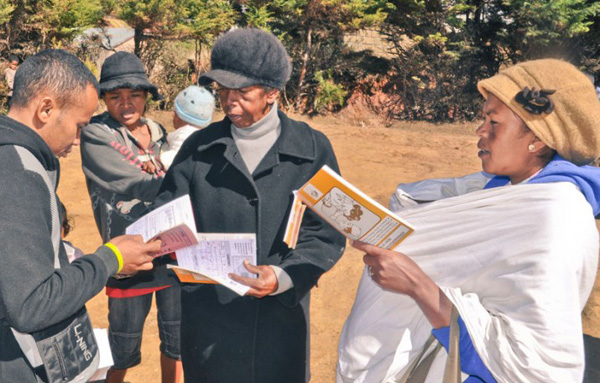 USAID Mikolo Project Joins Polio Emergency Outbreak Response in Madagascar {Photo: Sara Holtz/MSH}