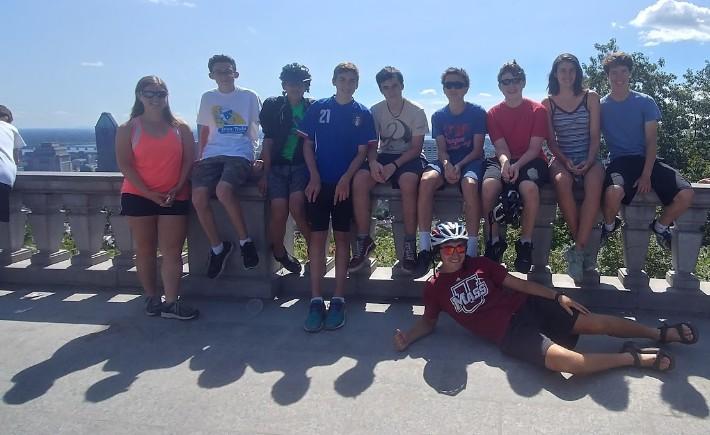 Teen Tours - teens being adventurous