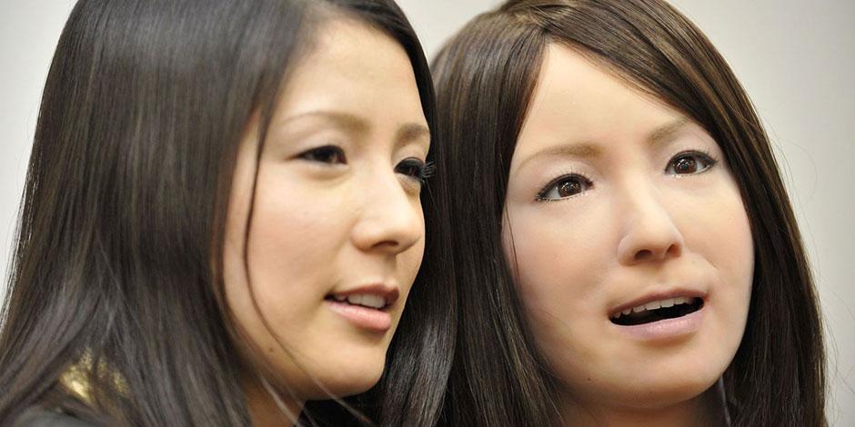 Une japonaise et sa jumelle-androïde, Geminoid F