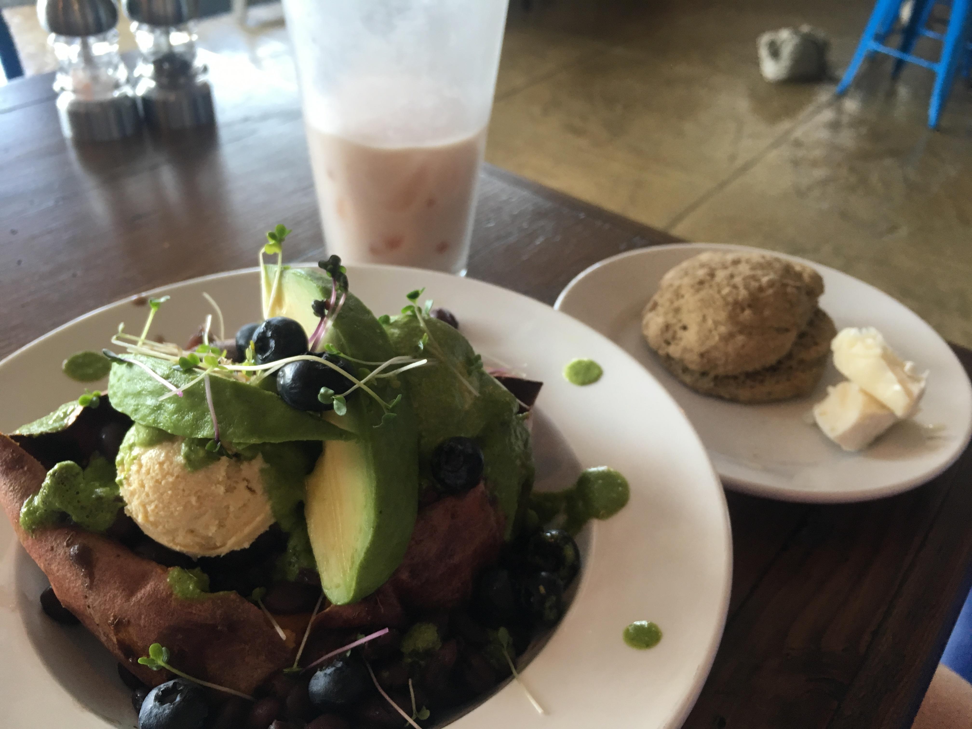 Lunch @ 24 Karrot Kitchen in Brecksville