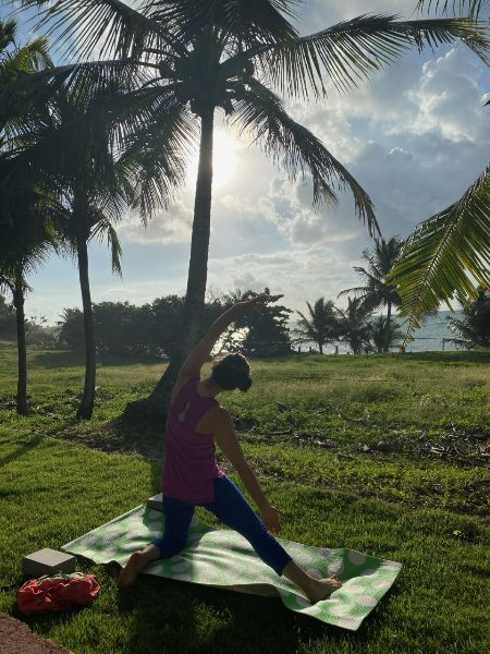 Lisa in gate pose during Christmas morning practice @ Patillas, Puerto Rico | Dec 2020
